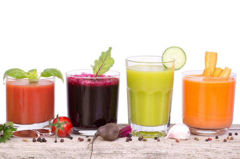 Les Jus De Legumes Et De Fruits Frais Grace A L Extracteur Le